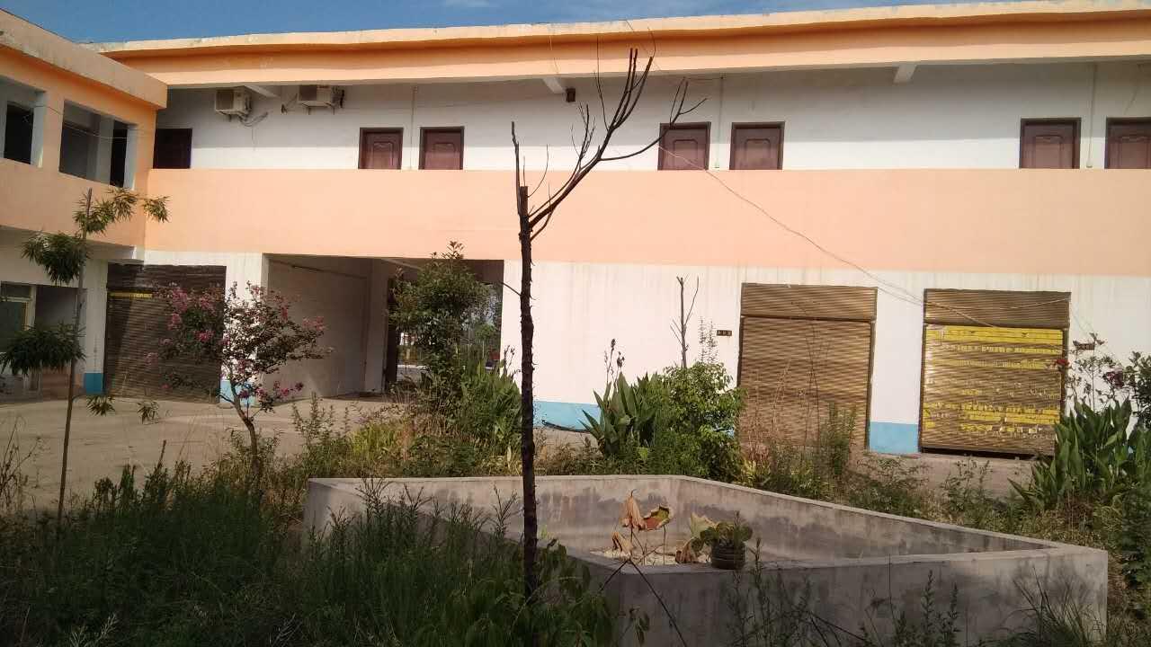 河南省邓州市杏山旅游管理区韩营村闲置农房